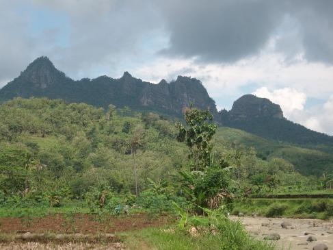 Gunung Bayangkaki ponorogo