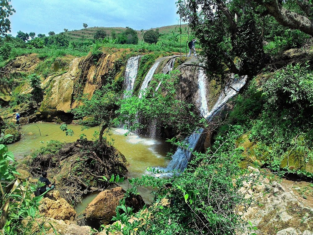 Air Terjun Tuban Lembah Bongok tuban