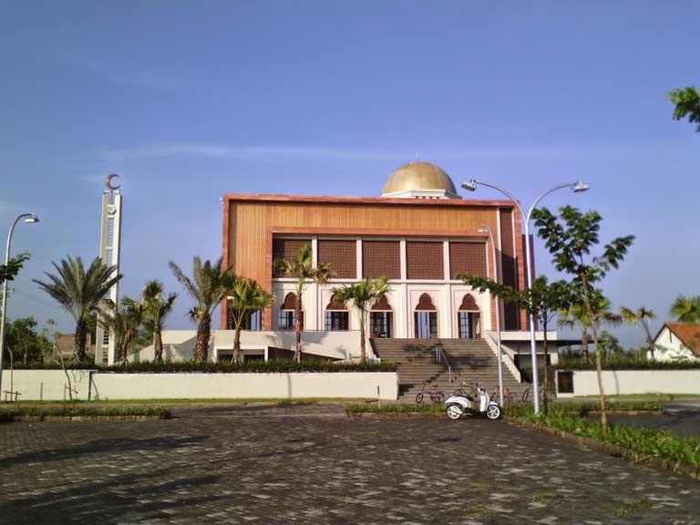 Masjid Al Birru Pertiwi Dander Bojonegoro