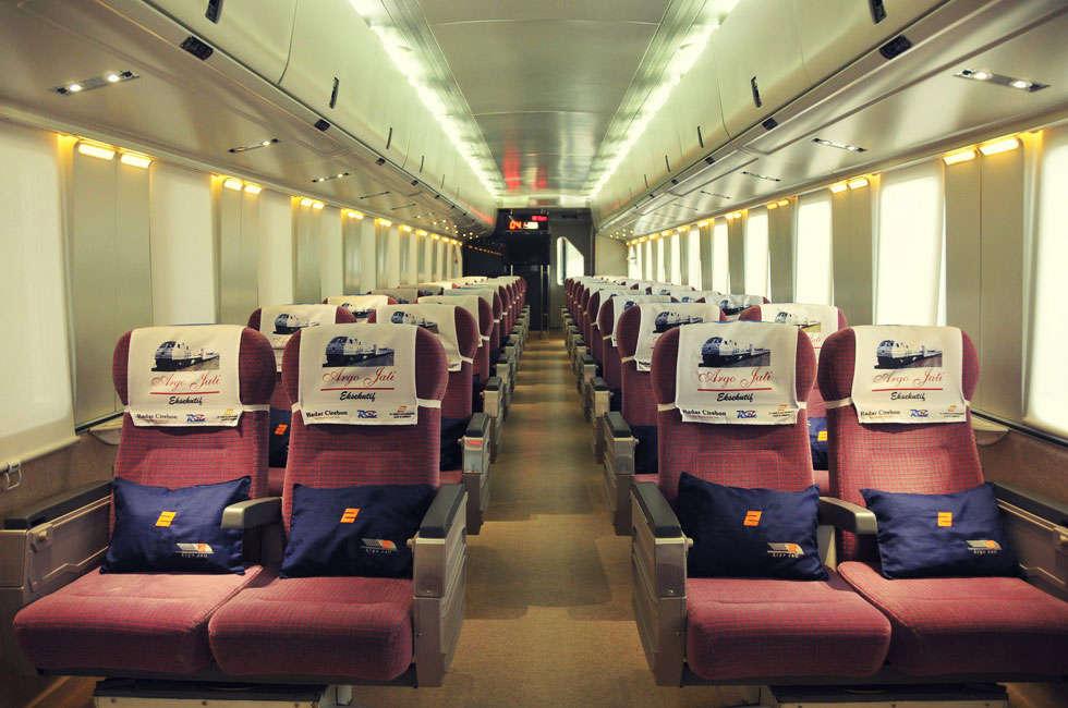 kereta api eksekutif