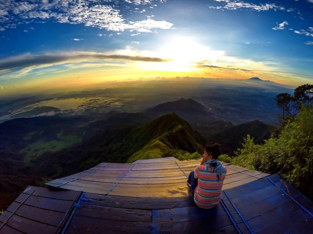 gunung temoloyo
