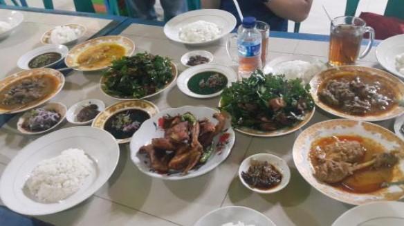 17 Rekomendasi Tempat Kuliner Di Aceh Yang Patut Kamu Coba