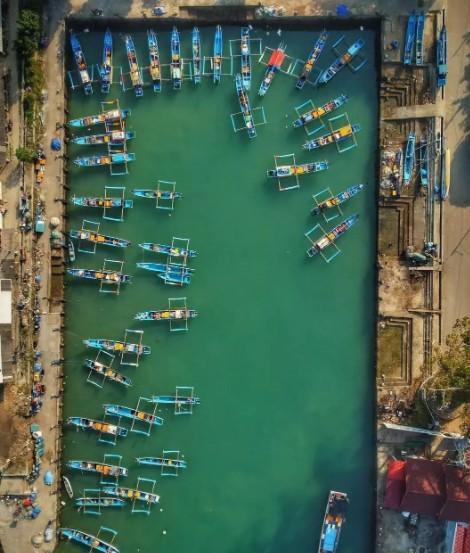 kampung nelayan Pantai Sadeng