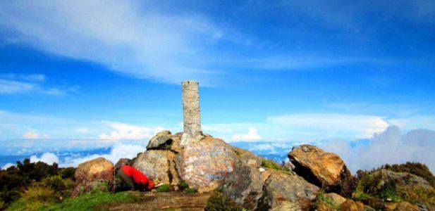 Ingin Mendaki Seven Summit Gunung Indonesia, Berikut Gunung Tertinggi di Indonesia Yang Perlu Kamu Ketahui