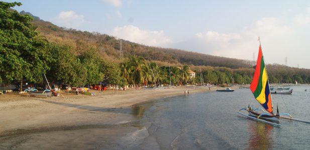 Ingin Berlibur ke Situbondo? Kunjungi Pantai Pantai Situbondo Berikut Ini